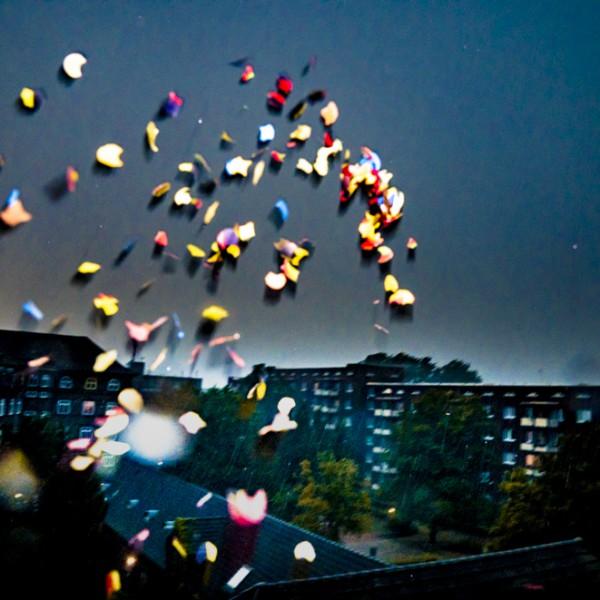 Konfetti bei Nacht